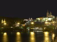 nocni-pogled-na-grad